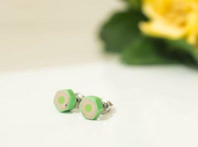 Pendientes Flat – verde claro